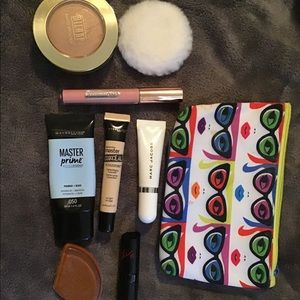 MAKEUP BUNDLE (open to offers if in a bundle)